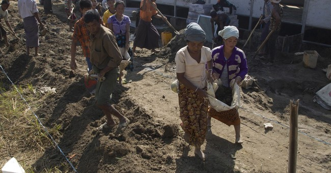 Myanmar building, but no sign Rohingya are returning