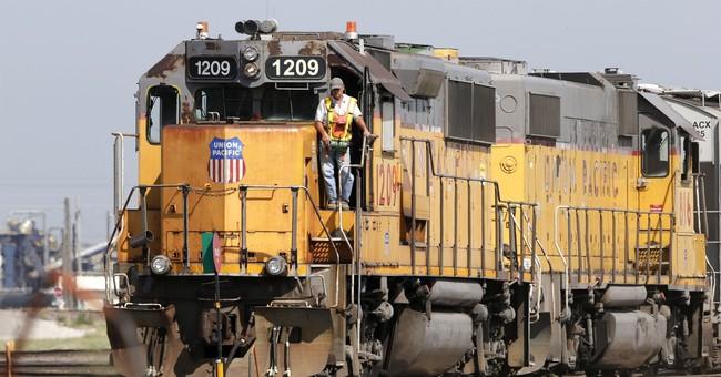 Tax cuts boost Union Pacific 4Q as railroad chugs along