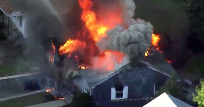 'It looked like Armageddon:' Deadly gas blasts destroy homes