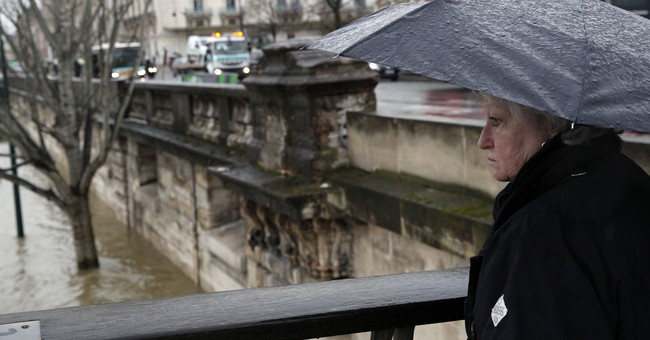 Floodwaters threaten Paris, closing roads, tunnels, cellars