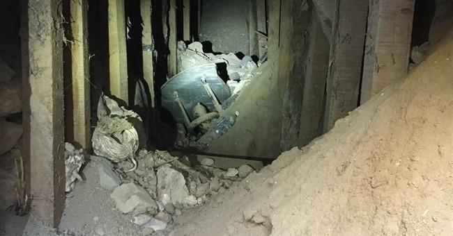 Road crew uncovers tunnel near Mexico border in Texas