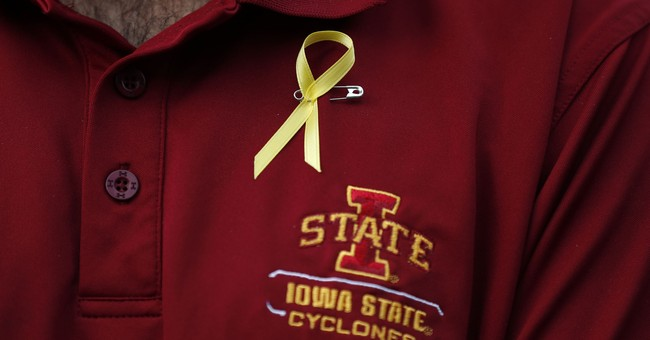Vigil honors star golfer from Spain who was killed in Iowa