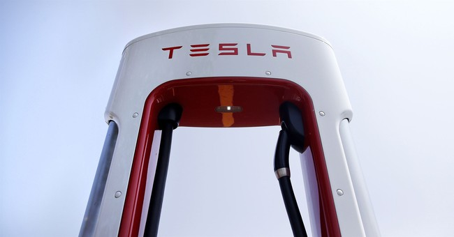 More stock whiplash as Tesla rebounds after Musk settlement