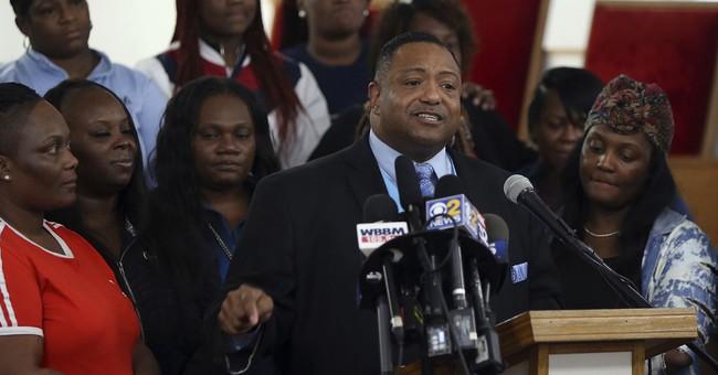 Jason Van Dyke Trial: Chicago Residents Prepare For Verdict