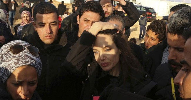 Angelina Jolie calls for long-term Syrian refugee solution