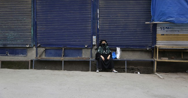 Strike shuts Kashmir after Indian soldiers kill 2 civilians
