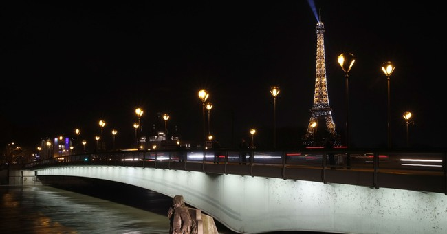 French towns swim in floodwaters that are rising in Paris