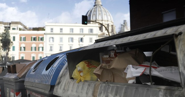 Italian election campaign thrives on trash talk