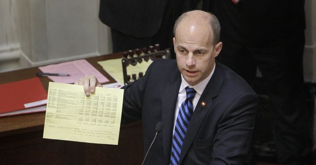 Arkansas lawmaker pleads guilty over pocketing state funds