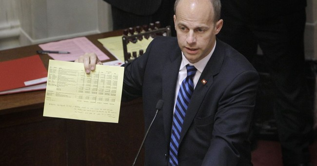 Arkansas lawmaker resigns day after guilty plea over funds