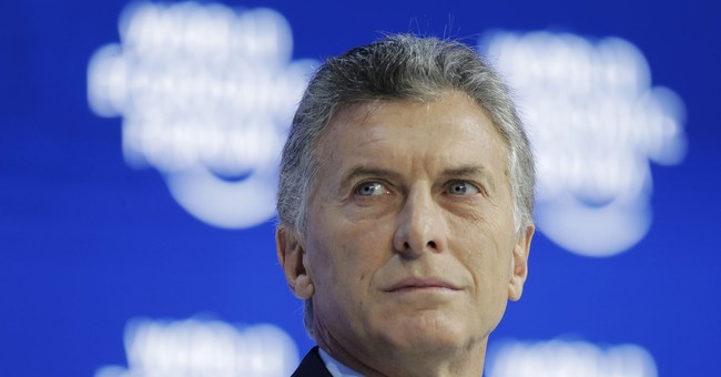 Argentina freezes government salaries to cut spending