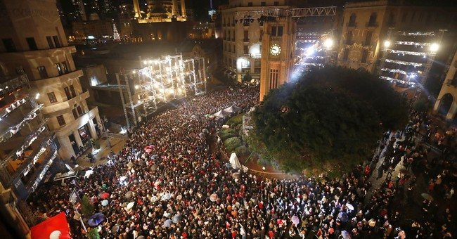 Lebanon removes security barriers in downtown Beirut