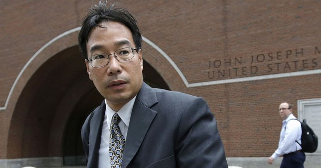 Pharmacist in meningitis outbreak gets 8 years in prison