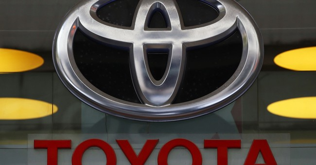 Toyota recalls 645,000 vehicles; air bags may not inflate