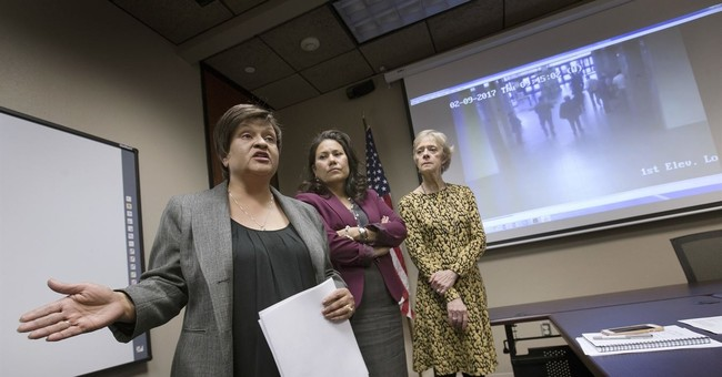 Immigration authorities detail plan for courthouse arrests