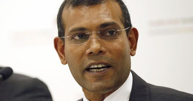 The Latest: UN chief calls on Maldives to respect court