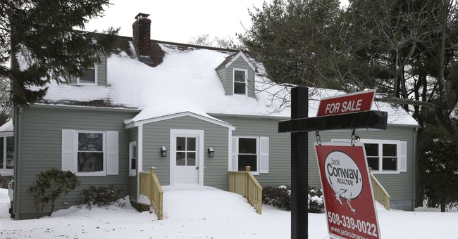Long-term US mortgage up again as lending standards tighten