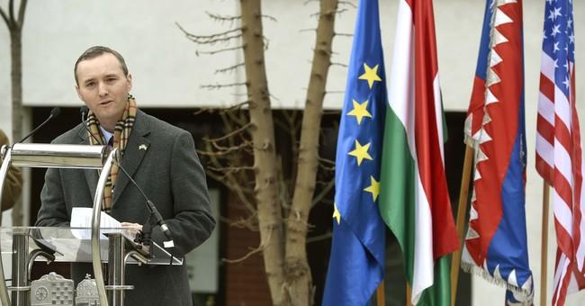 Holocaust survivor, US lawmaker Lantos gets Budapest statue