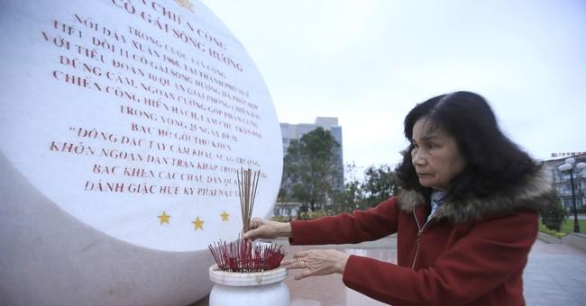Vietnam veterans recall all-female Tet Offensive squad