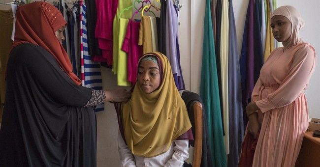 Ghana sisters blending style, tradition for Muslim women