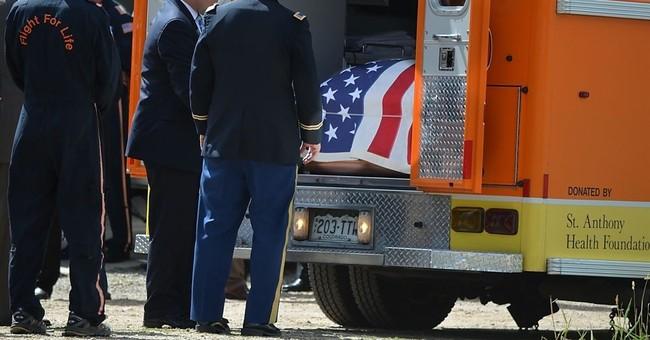 Man hurt in Colorado air crash gets $100M settlement