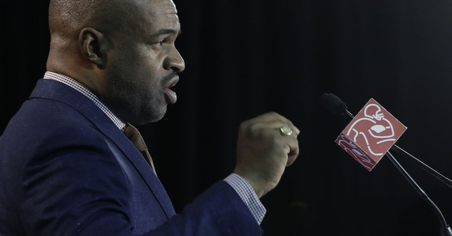 "NFLPA boss: ""We prepare for war"" over new labor agreement"