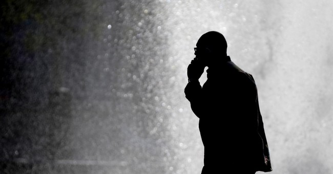 Cancer from cellphones? New studies say no need to hang up