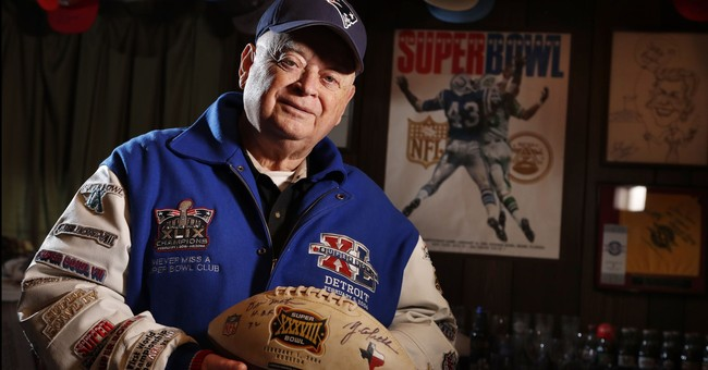 Super Fan: 81-year-old has attended every Super Bowl