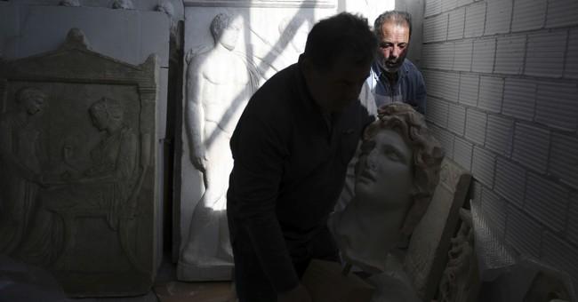AP PHOTOS: Greek workshop recreates ancient masterpieces