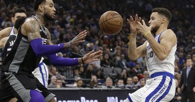 Durant scores 33, Warriors hold off Kings 119-104