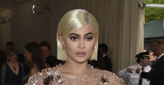 Kylie Jenner announces birth of 'healthy,' 'beautiful' girl