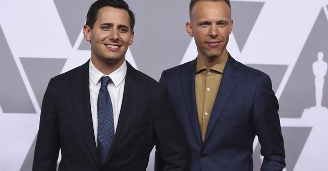 'La La Land' lyricist says envelope gate was a 'sore spot'