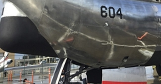 Ohio convention center to add restaurant built in old plane