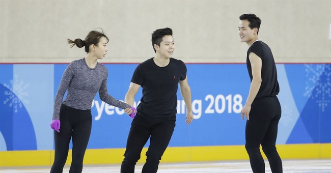 In small interactions before Olympics, Korean unity emerges