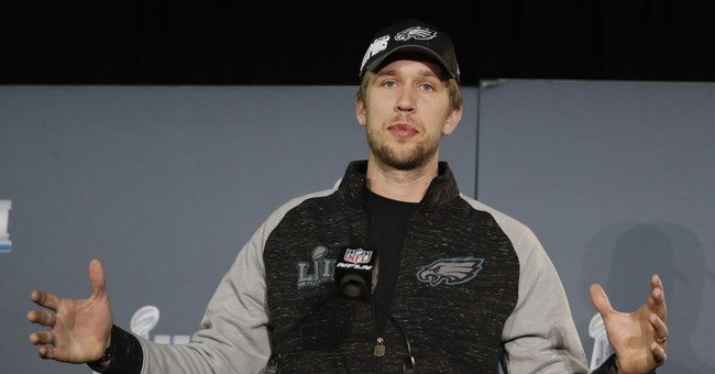 Eagles, Foles persevere in soaring to Super Bowl title