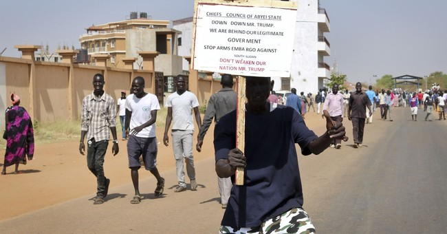 Violence as South Sudan protesters denounce US arms embargo