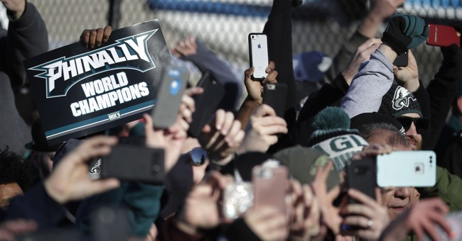 Mayor hopes 'knucklehead contingent' avoids Eagles parade