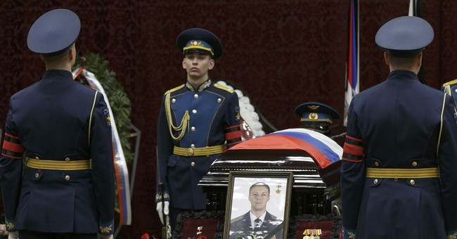 Tens of thousands mourn Russian pilot killed in Syria