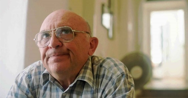 Israeli novelist, WWII survivor Aharon Appelfeld dies at 85