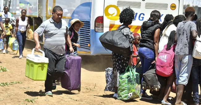18 killed, about 260 injured in South Africa train crash