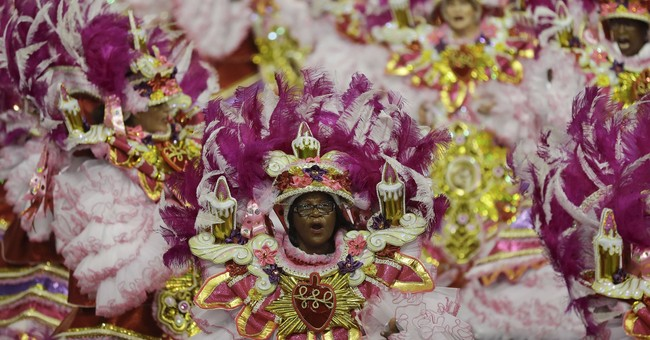 Brazilians dancing away troubles of 2017 at Carnival parties