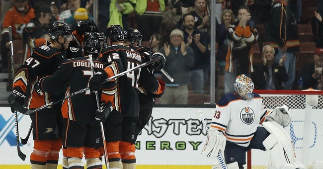 Ducks hold off Oilers 3-2 as Gibson makes 30 saves in return