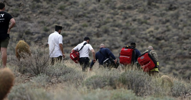 3 dead, 4 rescued after Grand Canyon helicopter crash