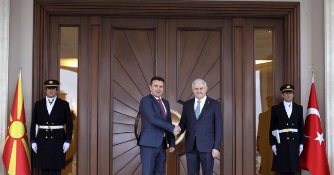 Turkey: Greece shouldn't impose name on Macedonia