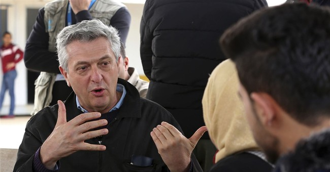 UN refugee chief urges US, others to take in more refugees