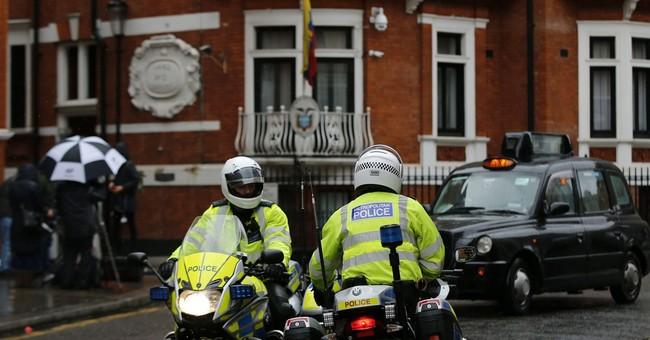 The Latest: Judge upholds UK arrest warrant for Assange