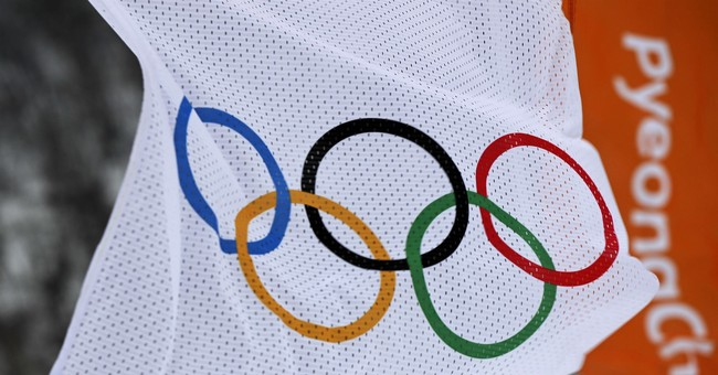 The Latest: Shaun White's Olympic gold a highlight of Day 5