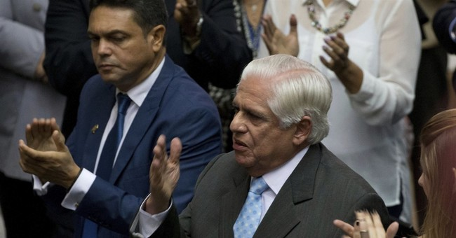 New Venezuela congress leader pushes for negotiated solution