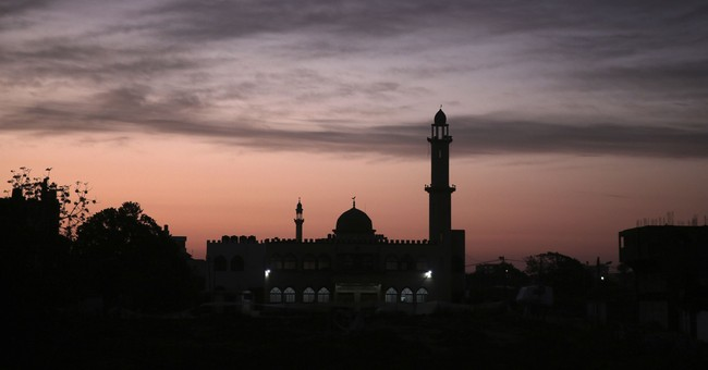Keen Islamic prayer activists bring a new dawn to Gaza