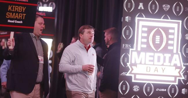 Alabama, Georgia players say Trump visit not a distraction